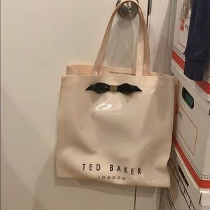 Ted Baker Icon large 3D tote